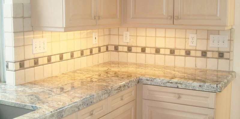 Cream Backsplash2 SM