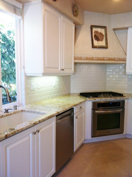 White Subway Backsplash2 SM